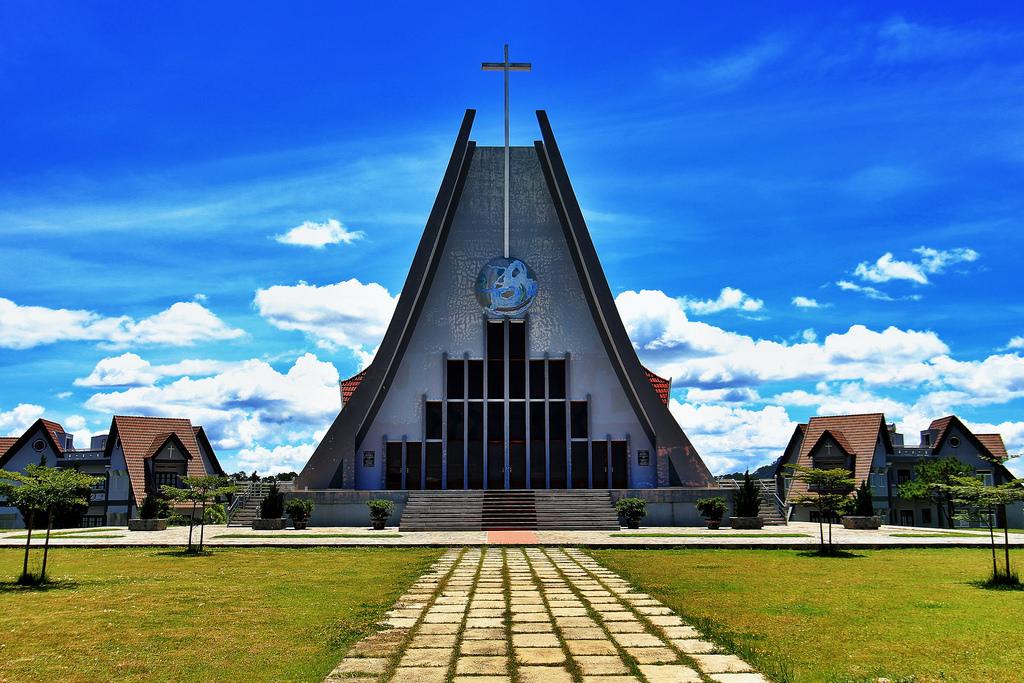 Đại chủng viện Thánh Giuse Xuân Lộc tại Đà Lạt