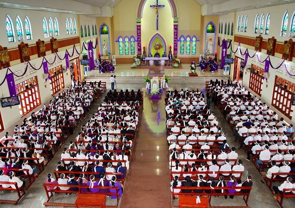 Nghi thức Tẩm Liệm và Thánh Lễ Cầu nguyện cho Cha Cố Phêrô Nguyễn Văn Vàng