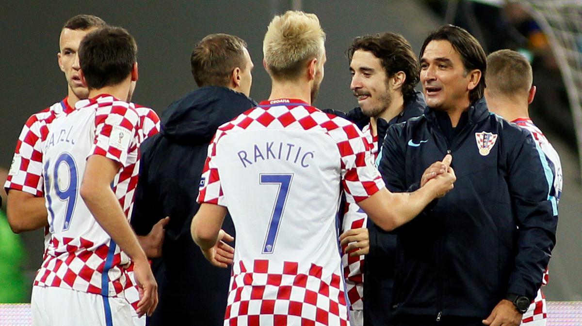Đội tuyển bóng đá của HLV tràng hạt Mân Côi Zlatko Dalić Croatia tặng 630 tỷ đồng cho trẻ em nghèo