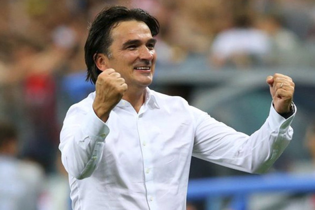 Huấn luyện viên đội tuyển Croatia và cỗ tràng hạt